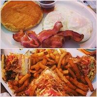 Photo taken at Casa Juan Restaurant by Leonel Maximiliano R. on 5/6/2013