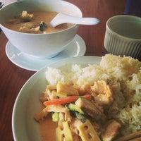 Photo taken at Moo Moo Thai Cafe by Jennifer H. on 7/15/2014