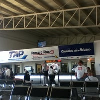 Photo taken at Terminal de Autobuses Nuevo Milenio de Zapopan by Juan R. on 4/10/2012