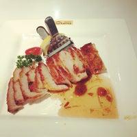 Photo taken at 港丽餐厅 Charme Restaurant by Mario C. on 11/4/2012