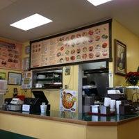 Photo taken at Los Jilbertos by Nutmeg D. on 1/1/2013
