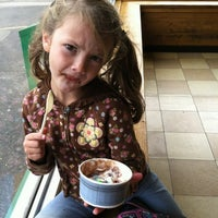 Photo taken at Lewis Brothers Ice Cream by Black Krim on 10/15/2012
