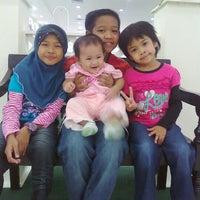 Photo taken at Sekolah Kebangsaan Puchong Jaya by Belina R. on 9/27/2012