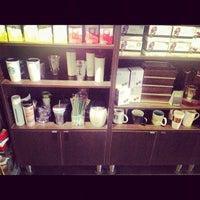 Photo taken at Starbucks by ilya t. on 11/11/2012