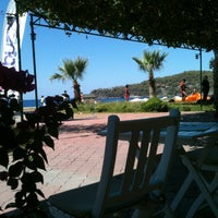 Photo taken at Buzz Beach Bar by AsLiNuR m. on 8/23/2014