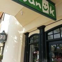 Photo taken at Sanuk Waikiki by Poohko H. on 12/12/2013