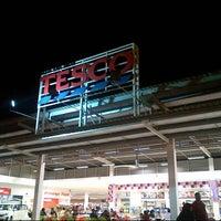 Photo taken at Tesco by T W O N I N Ξ T W O on 12/7/2012