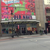 Photo taken at Old Navy by Cesar U. on 11/15/2012