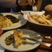 Photo taken at Chili's Grill & Bar by Huynh Anh T. on 11/26/2012