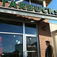 Photo taken at Starbucks by Lenita S. on 11/24/2012