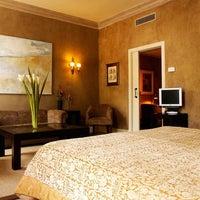 Foto tomada en Hotel Barcelona Duquesa de Cardona por Hotel Barcelona Duquesa de Cardona el 10/31/2012