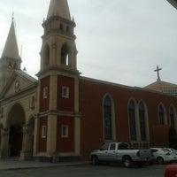 Photo taken at Iglesia San lorenzo by Kriz A. on 5/27/2013