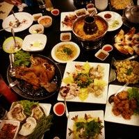 Photo taken at Kia Nguan Restaurant Mahachai Seafood by ปอ ป. on 4/19/2013