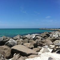 Photo taken at South Jetty / Humphris Park by Diana Disha E. on 4/24/2013