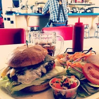 Photo taken at Pearl's Restaurant by Mark V. on 8/20/2015