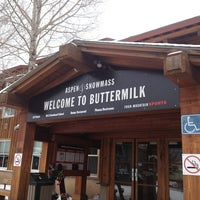 Photo taken at Buttermilk Mountain by Кэт Б. on 12/18/2012