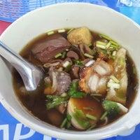 Photo taken at Pracha Niwet 1 Market by Jeab A. on 12/21/2012