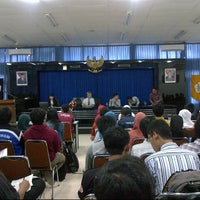 Photo taken at Graha Karir ECC UGM by Fahmi N. on 11/7/2012