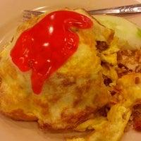 Photo taken at Restoran Ali Mama by Juwha P. on 12/31/2012