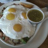 Photo taken at Blueberry Hill Breakfast Cafe by Derek R. on 4/21/2013
