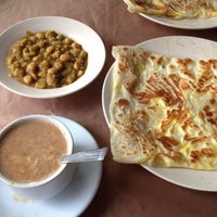 Photo taken at Mehran Restaurant by Dody Y. on 1/14/2017