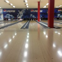 Photo taken at King Center - Go-Kart & Bowling by Diego P. on 5/31/2013