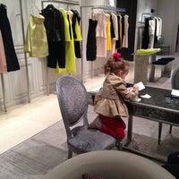 Das Foto wurde bei Christian Dior von Marusya . am 5/2/2013 aufgenommen