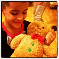 Photo taken at Build-a-Bear Workshop by Pedro N. on 12/22/2012
