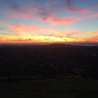 Photo taken at Blackford Hill by lajaaa on 8/15/2016