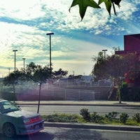 Photo taken at Del Taco by Stephen B. on 11/14/2012