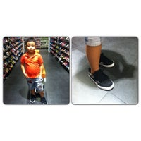 Photo taken at Payless ShoeSource by senyelda d. on 5/5/2013
