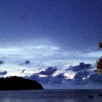 Photo taken at Pangkor Bay View Beach Resort by FeėZa L. on 12/11/2012
