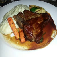 Photo taken at Drew's on Halsted by Nita B. on 4/7/2013