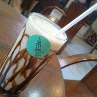 Foto tirada no(a) Museu do Café - Edifício da Bolsa Oficial de Café por Deborah O. em 10/28/2012