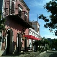 Photo taken at Caffe El Triunfo by Sergio K. on 11/4/2012