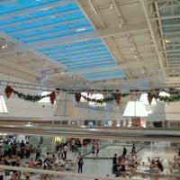 Photo taken at Shopping São José by Mauricio Y. on 12/3/2012