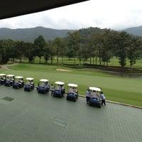 Photo taken at Alpine Golf Resort Chiang Mai by Charmingmoo on 11/30/2012