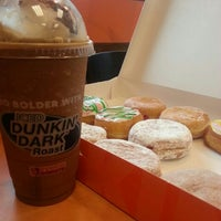 Photo taken at Dunkin Donuts by Zsairelle L. on 5/23/2013