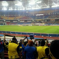 Photo taken at Stadium Nasional Bukit Jalil by Ayoh C. on 11/28/2012
