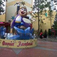 Photo taken at Dunia Fantasi (DUFAN) by Uwie M. on 11/5/2012