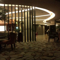 Photo taken at Solo Paragon Hotel & Residences by MimaOhMima on 2/27/2013