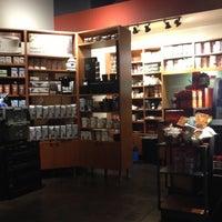 Photo taken at Starbucks by Guilherme K. on 11/1/2012