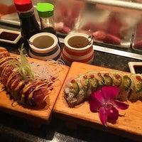 Photo taken at Sushi Yaro by BEH🌸 on 8/29/2016