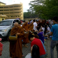 Photo taken at Indonesia Theravada Buddhist Centre (ITBC) by Wesley Z. on 10/31/2015