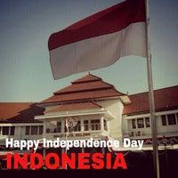 Photo taken at Balai Kota Malang by Muchamad Chafid W. on 8/17/2013
