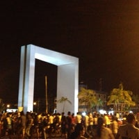 Photo taken at Praça das Águas by Eder L. on 6/18/2013