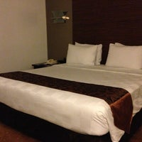 Photo taken at Jakarta Airport Hotel by Efriyo on 2/9/2013