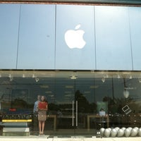 Photo taken at Apple Store, Sagemore by Callie D. on 7/16/2011