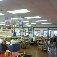 Photo taken at Taco Palenque by Dulcia on 9/15/2011