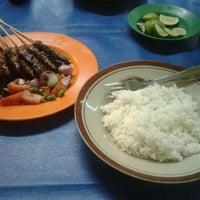 Photo taken at Sop Kaki Kambing Sudi Mampir by Tegar J. on 3/21/2012